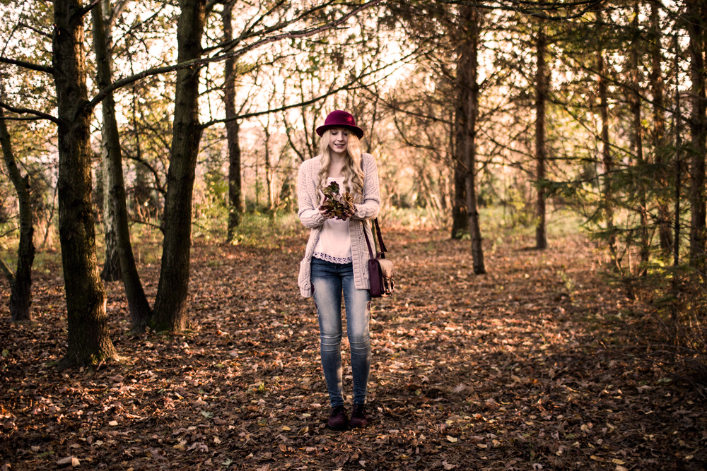 Blog modowy, blondynka, jesień, boho etno outfit.