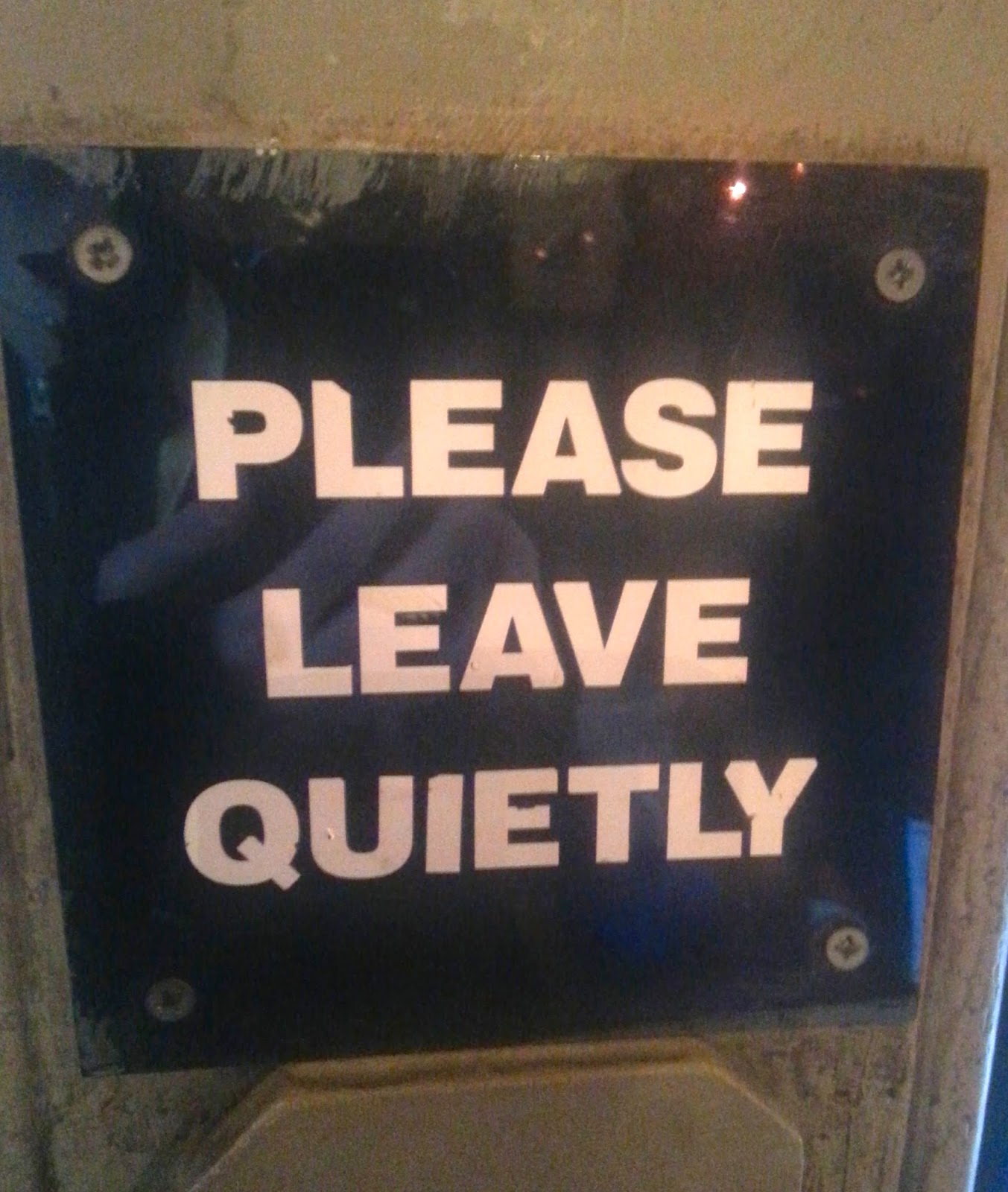 An example of the polite signage in London (29 Things I Learned in London) @TheBareMidriff