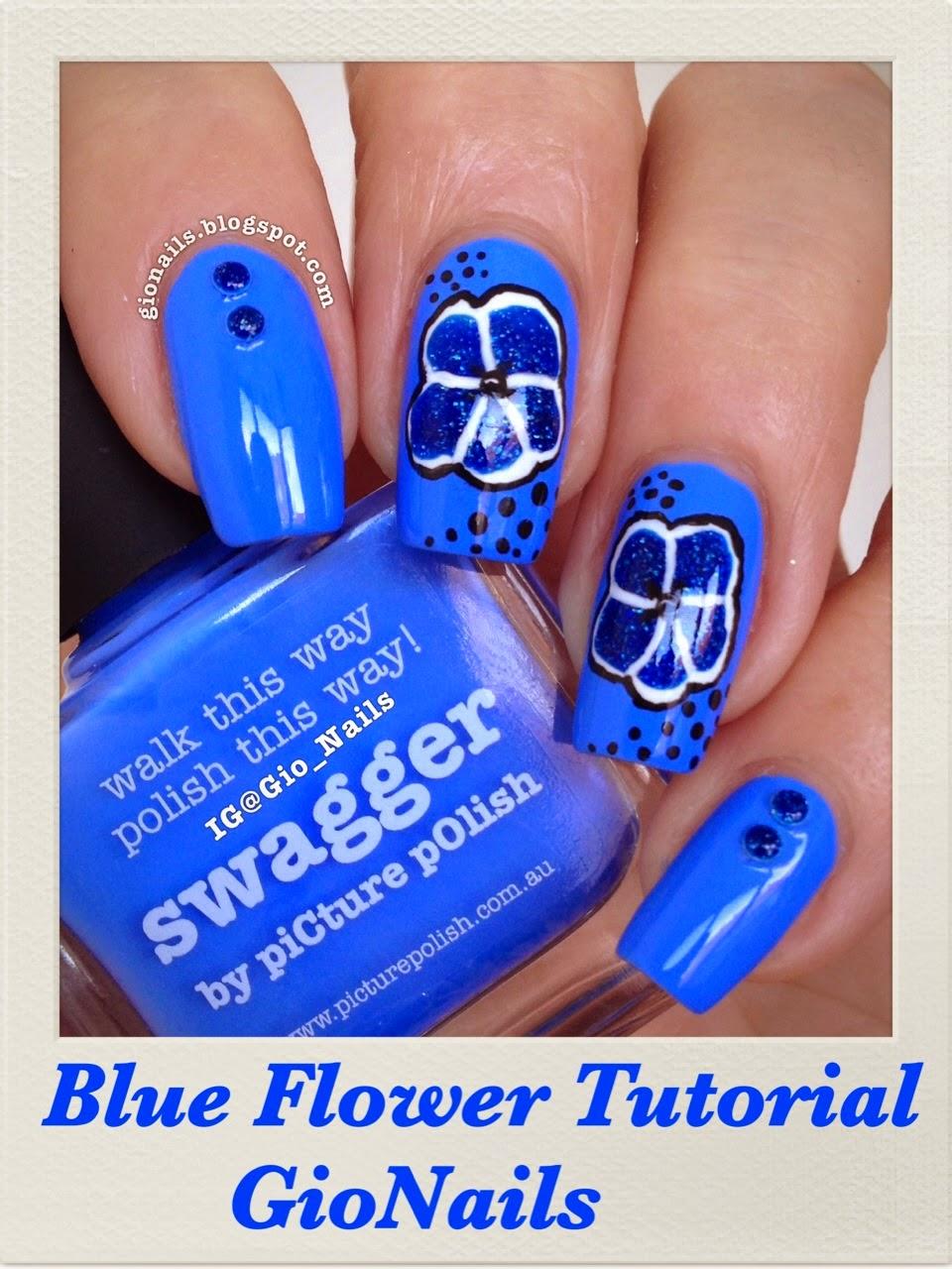 http://gionails.blogspot.be/2014/06/blue-flower-tutorial.html