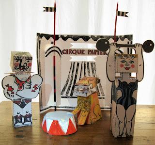 Cirque Papier, maquette à découper et à coller de Brigitte Rio