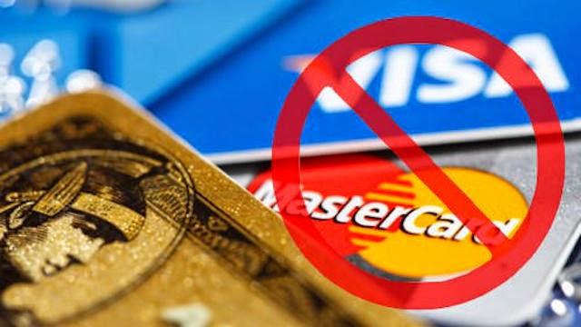 Российские банки, работавшие в Крыму, отключены от платежных систем Visa и MasterCard
