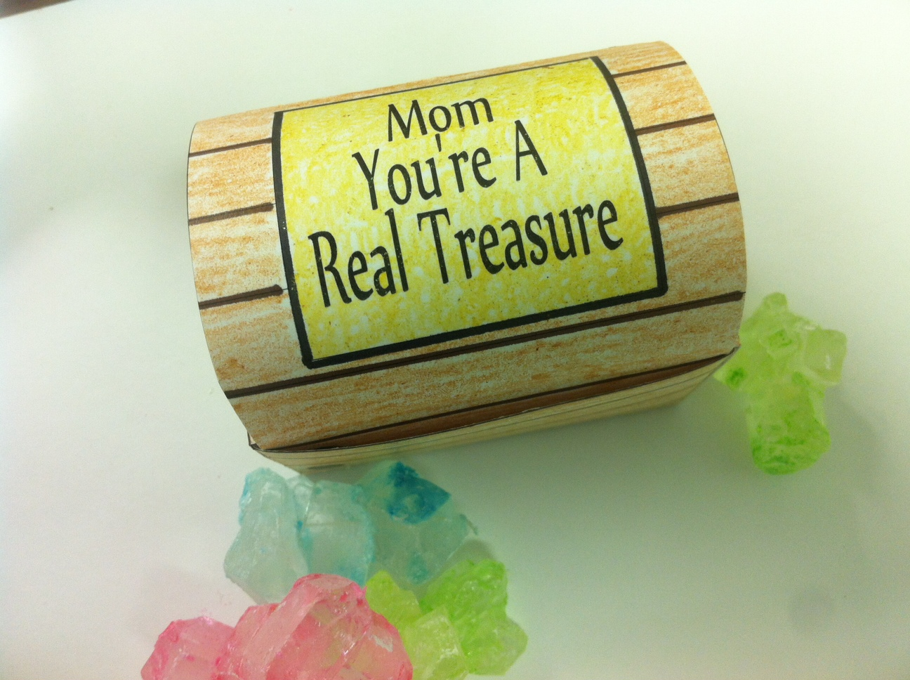 Mother\'s Day Treasure Box Printable | Everyday Parties