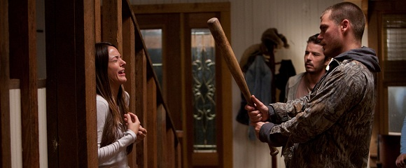 Sarah Butler e Jeff Branson em DOCE VINGANÇA (I Spit on Your Grave)