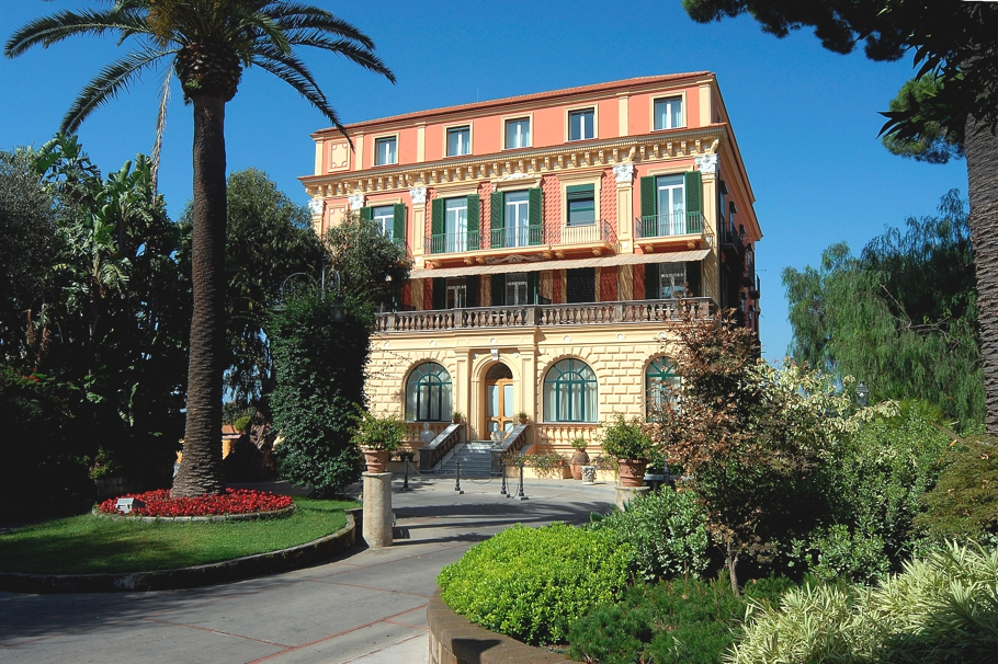 passion for luxury grand hotel excelsior vittoria