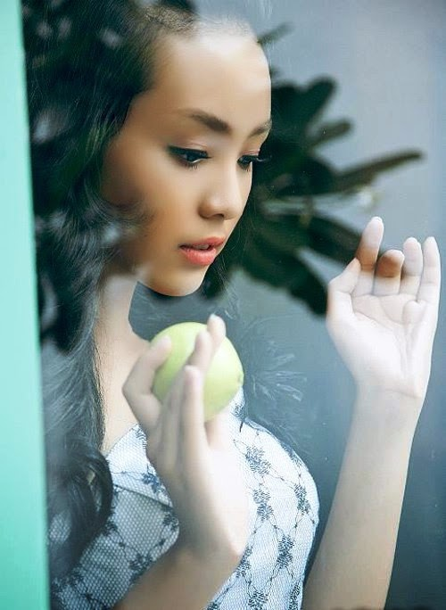 Vietnamese youngest model girl Bao Tran