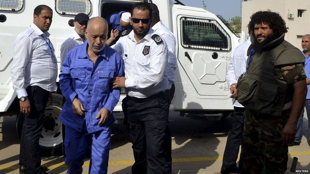Filho de Gaddafi é condenado à morte sobre crimes de guerra