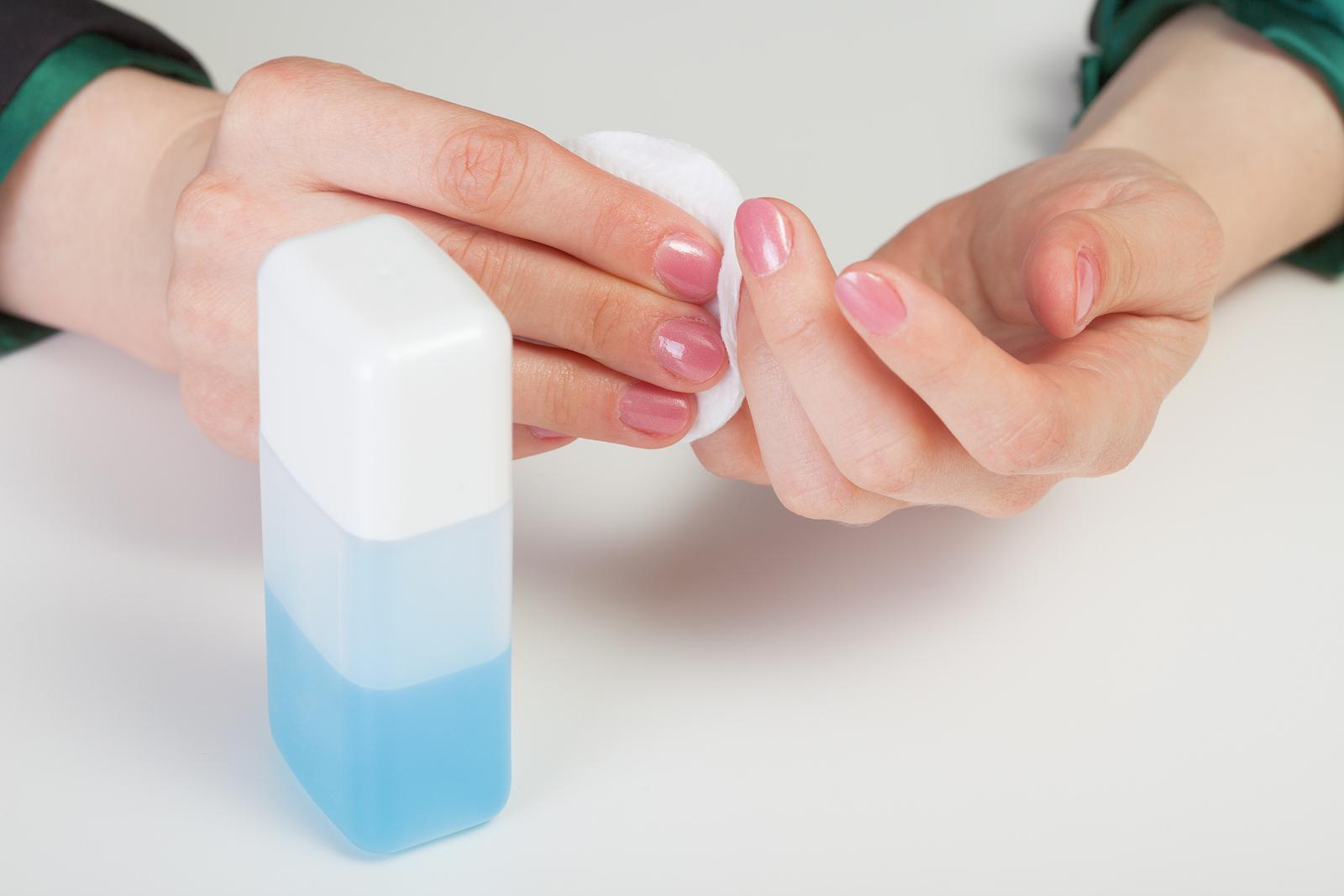 Снятие лака в домашних условиях без жидкости