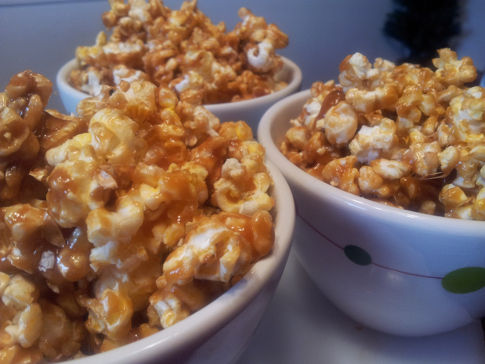 Lazy Caramel Corn {A No Bake Recipe!} | I'm A Lazy Mom