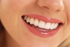 perawatan natural alami memutihkan gigi sabun natural