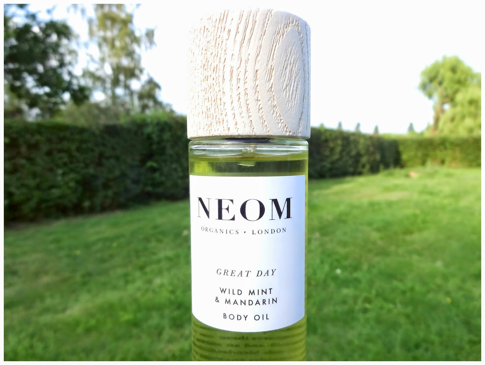 Neom organics swatch