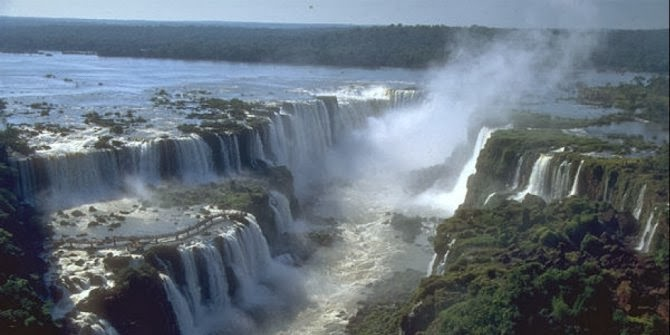 The most amazing Waterfalls in the World - Guazu or Iguacu