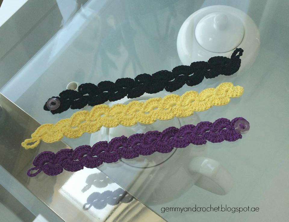lace scallop bracelet. lace scallop crochet bracelet. Crochet bracelet. Crochet scallop. Scallop bracelet