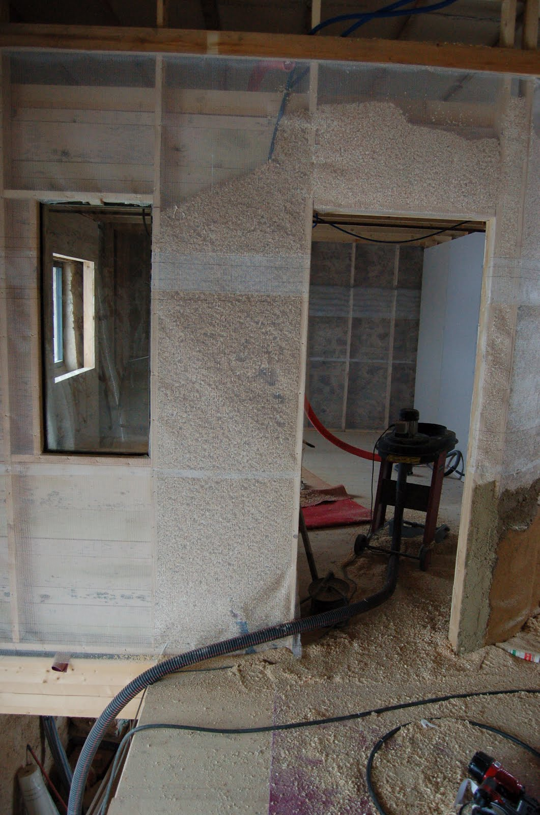 La gremiere en travaux isolation en copeaux de bois - Isolation copeaux de bois chaux ...