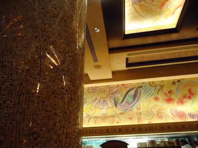 classy decors of the Cheesecake Factory Dubai Mall
