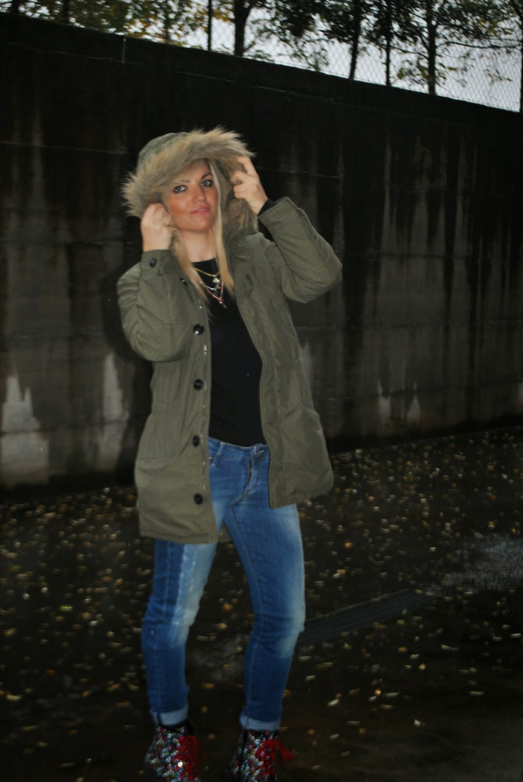 outfit parka verde militare outfit da pioggia rainy outfit outfit dr martens outfit parka benetton collana a forma di chiave majique london majique london jewels outfit da pioggia outfit novembre 2014 november outfits how to wear parka coat green military parka coat dr martnes outfit come abbinare il parka come abbinare le dr martens how to wear parka how to wear dr martens  autumnal outfits  outfit autunnali outfit mariafelicia magno mariafelicia magno fashion blogger italian girls ragazze italiane fahsion blogger bionde ragazze bionde blonde girls fashion bloggers italy