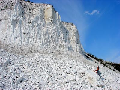 Геологические памятники Украины - меловой карьер в Двуречанском районе