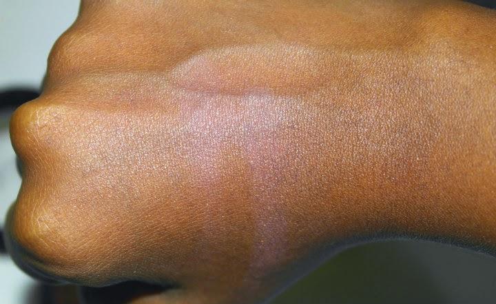 blush-mosaico-vult-pele-negra-natural-acabamento-corado-1