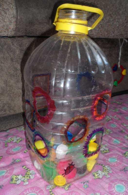 Игрушки с крышками пластиковых бутылок своими руками 79