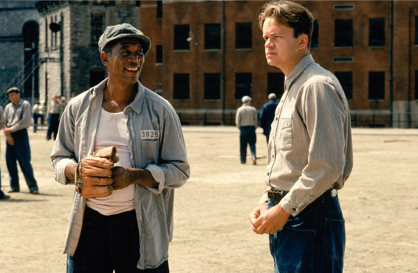 http://3.bp.blogspot.com/--7MV5p7O40A/UUuQWsy99zI/AAAAAAAAAT8/-ClEjVQA4GM/s1600/The-Shawshank-Redemption-featured-image.jpg