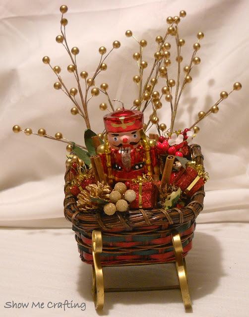 Show me crafting christmas sleighs