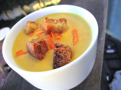 """Beta carotene"" soup with pumpkin, carrots and sweet potatoes"