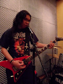 Andre Destroyer - Guitar/Vocal