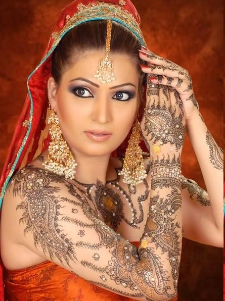 Jewelry wiki arabic fashions 2012 trends for Latest fashion jewelry trends 2012