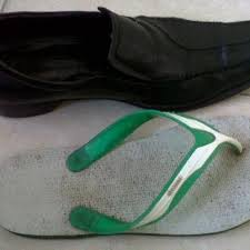 Kisah Inspiratif Sepatu Dan Sandal Jepit