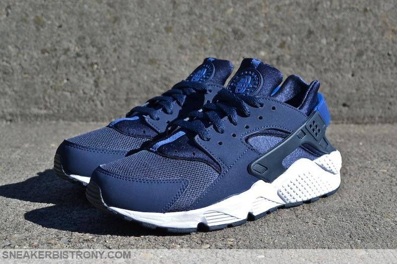 nike air huarache dark blue