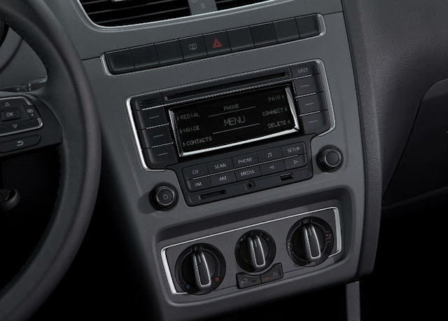 Volkswagen Fox 2014  - interior