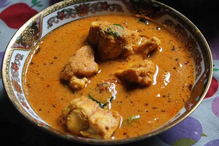 Malabar Fish Curry Recipe - Yummy Tummy