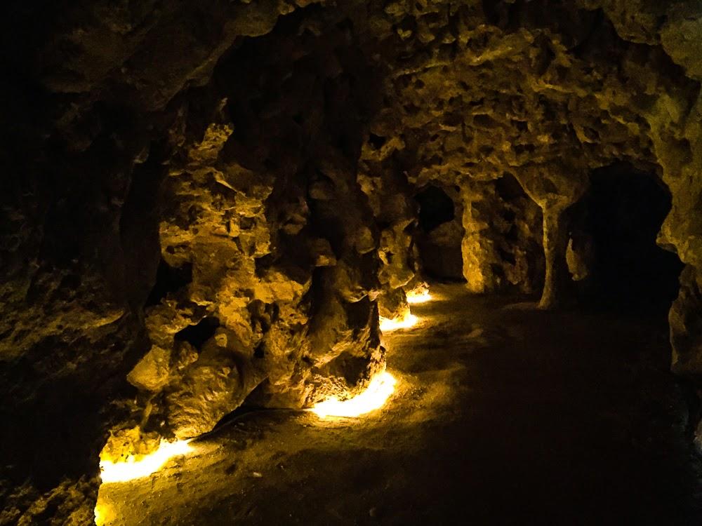 Underground cave 2 Quinta da Regaleira Sintra Portugal