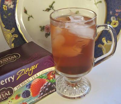 Iced Green Tea, Berry & Ginger Cooler