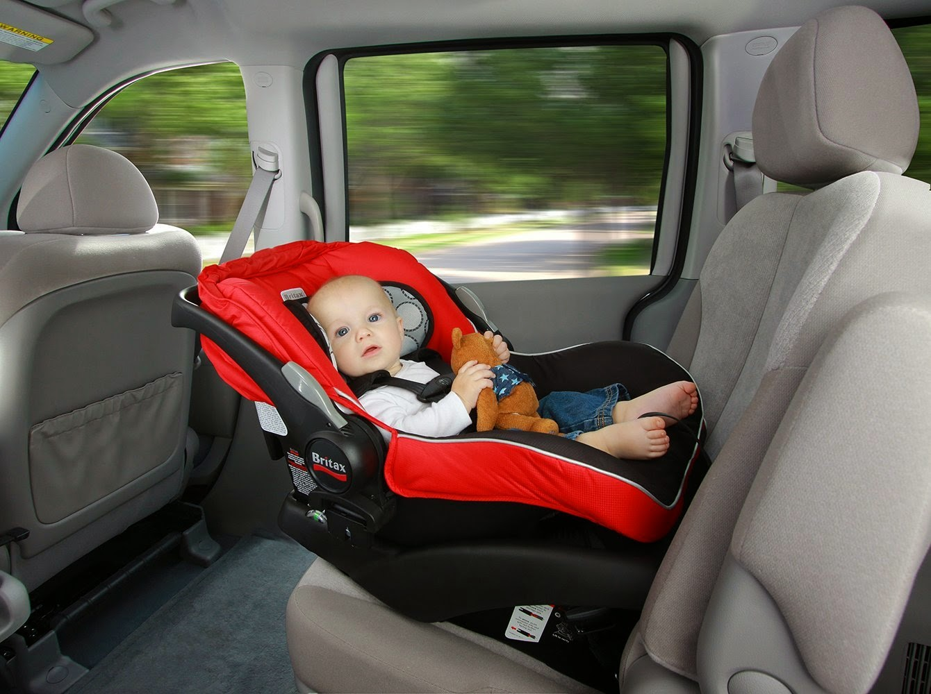 How to Clean a Baby Car Seat Properly without Damaging