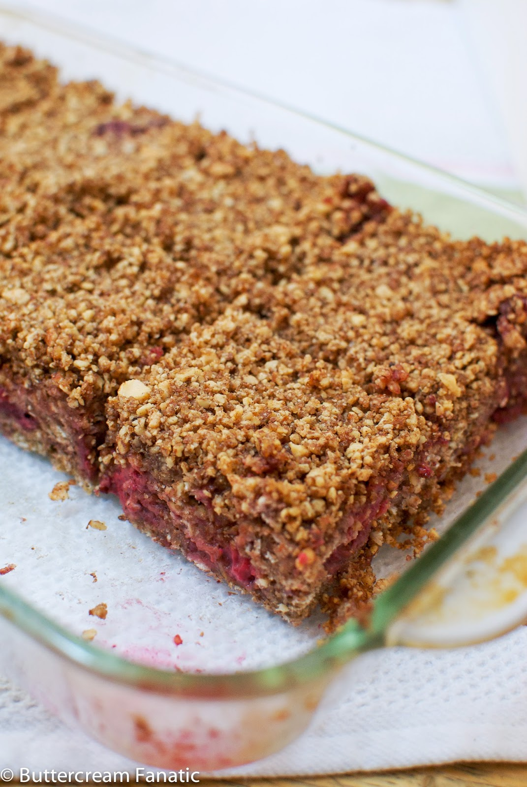 Raspberry Baked Oatmeal Squares with Almond Streusel | A ...