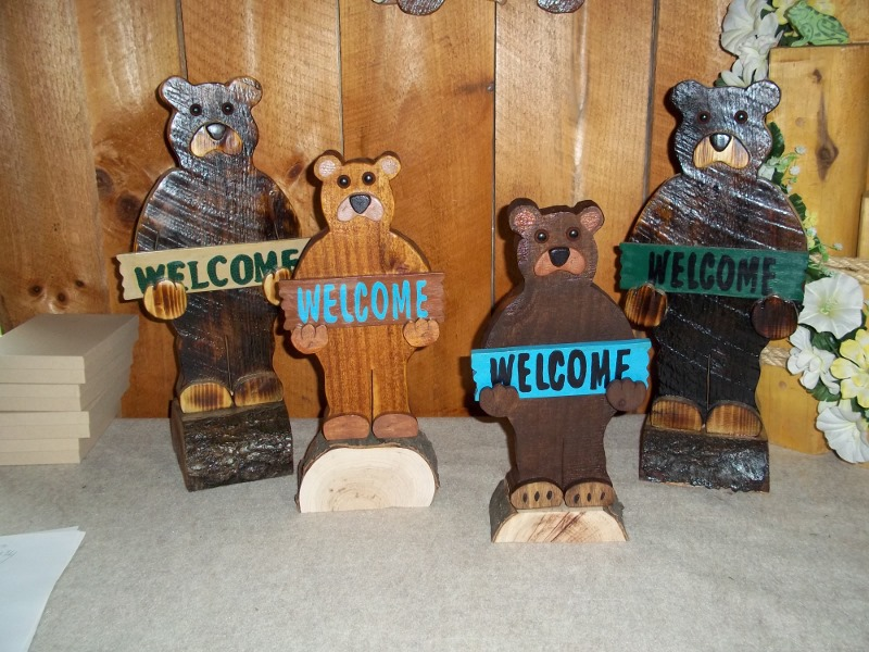 Back Yard Wood Designs Welcome Bears For Rustic Decor