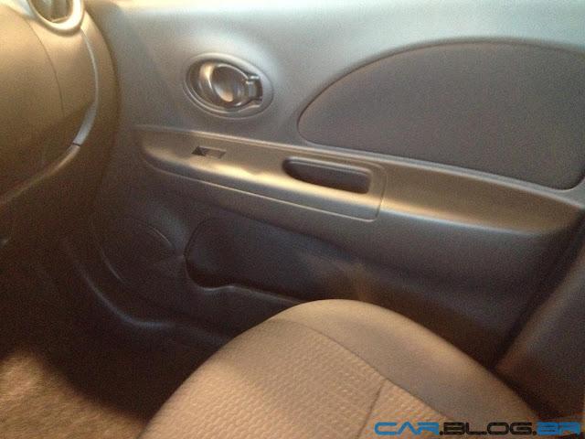 Nissan March 2013 1.0 - por dentro - acabamento