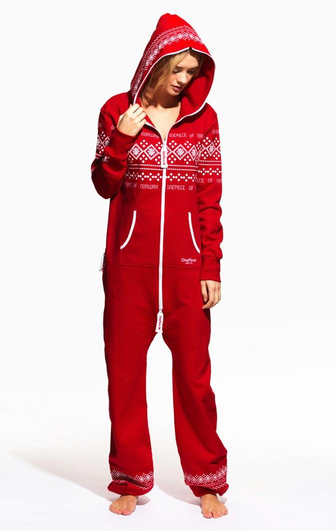 le monde de cath in in les pyjamas une pi ce pour adultes. Black Bedroom Furniture Sets. Home Design Ideas