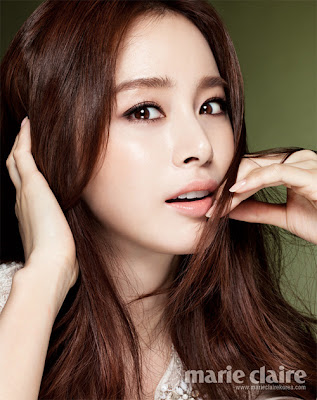 Kim Tae Hee Rain Bi Marie Claire Magazine January Issue 2013 (6)