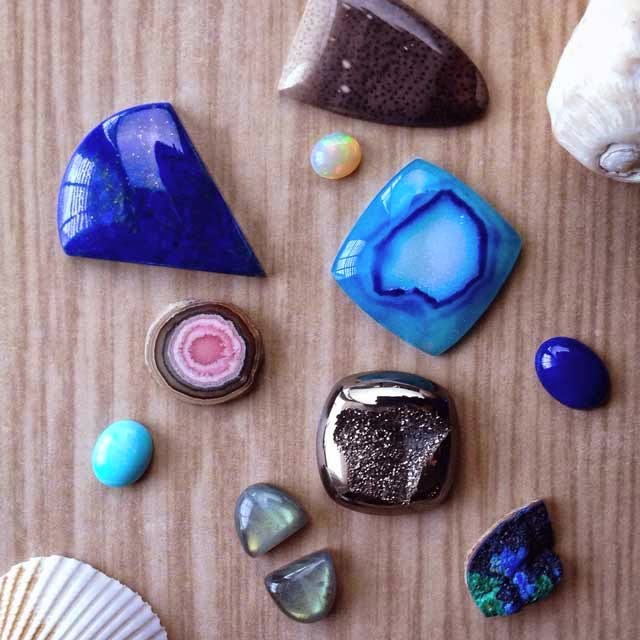 natural stone cabochons