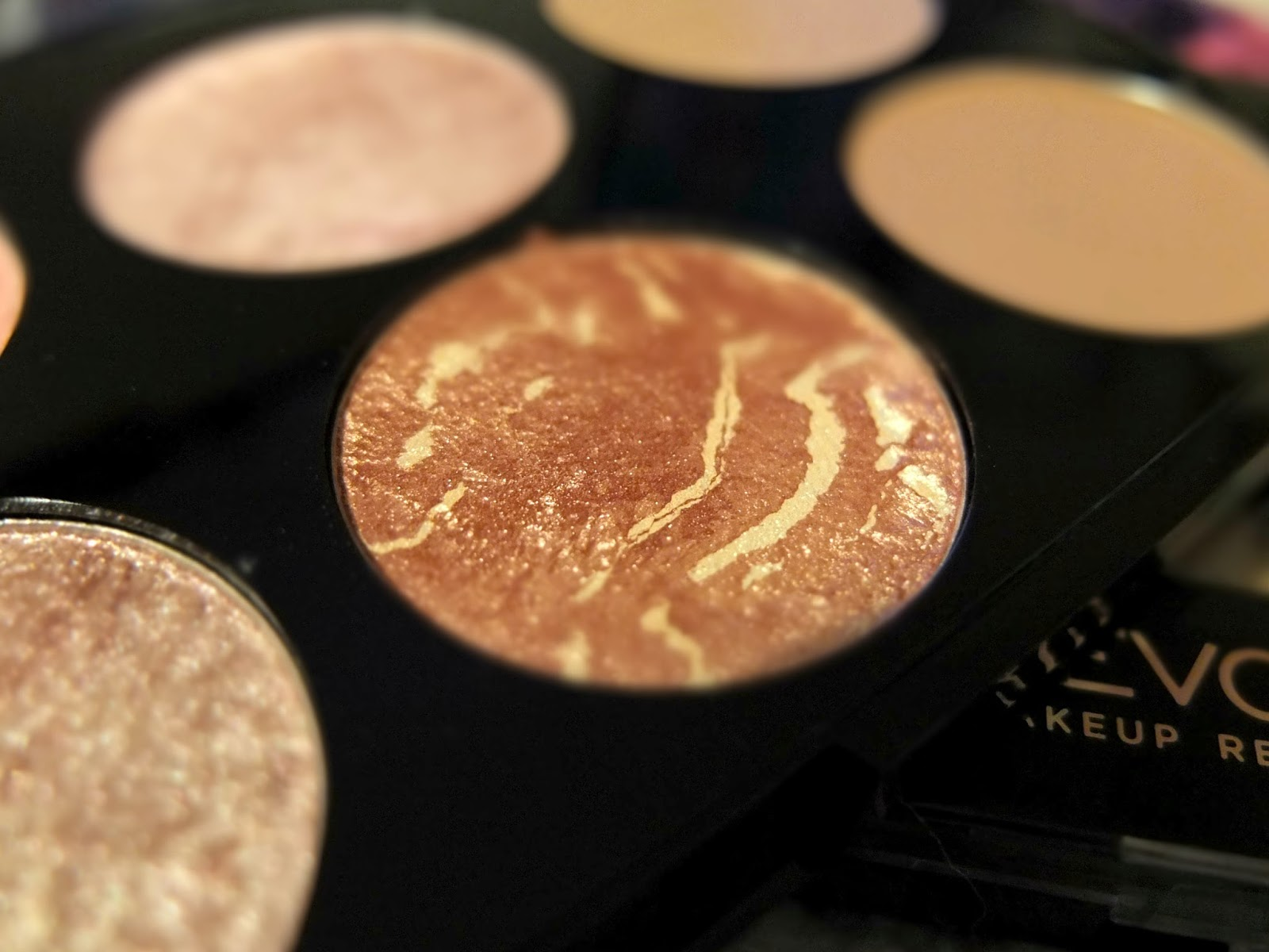 Ultra Blush and Contour Palette Golden Sugar