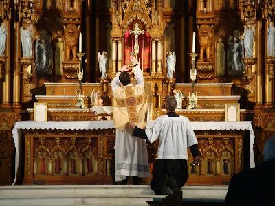 A liturgia é culto prestado a Deus!