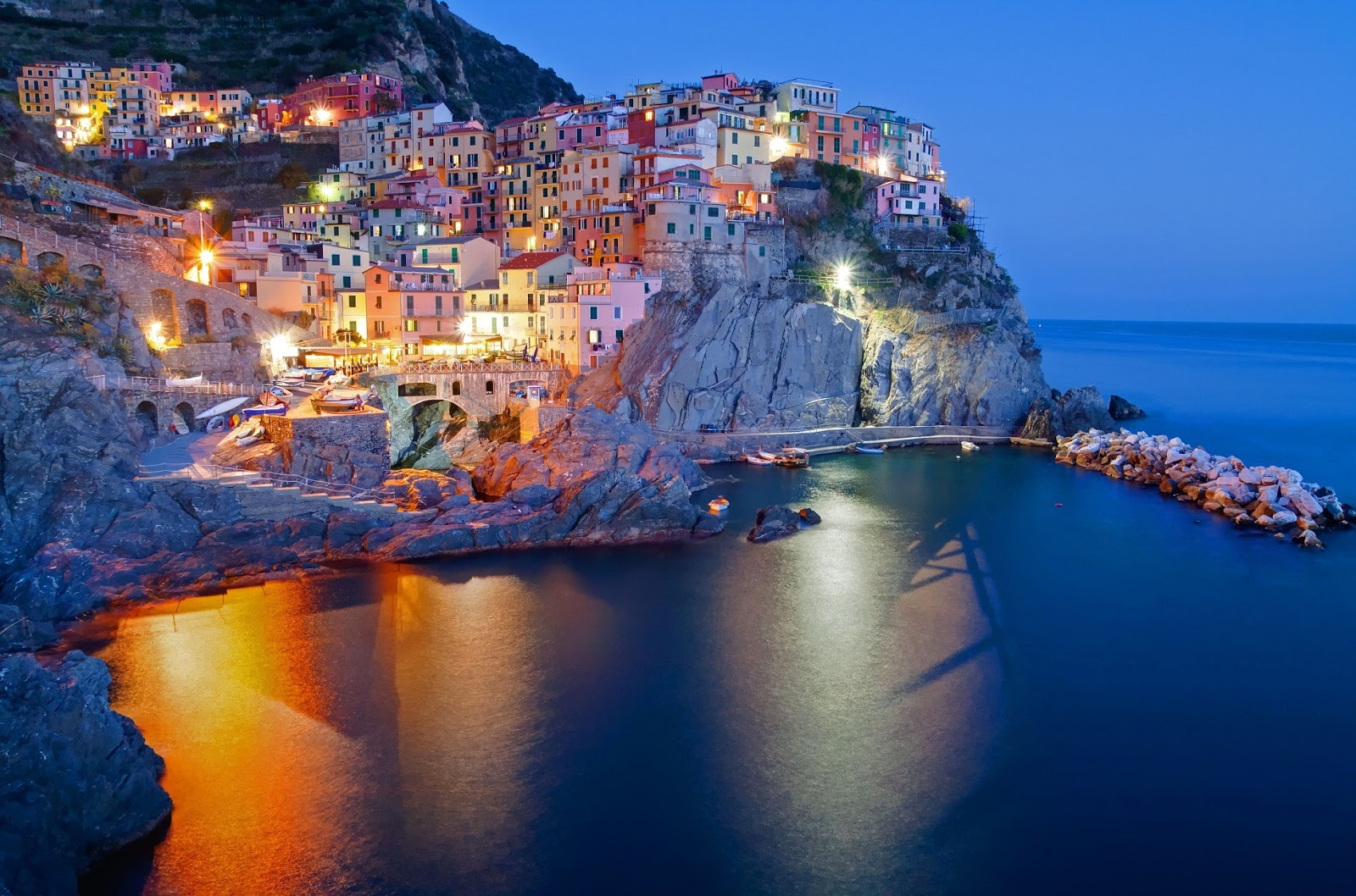 Manarola in italy for Wallpaper italia