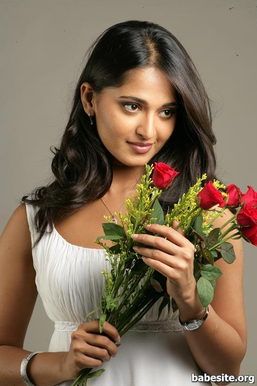 Divas Wallpaper moreover Anushka Shetty Pics together with 545076361124689770 in addition 72005 Rey Mysterio in addition Watch. on oscar gutierrez wwe