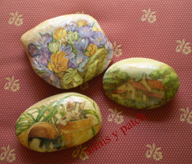Related to Uñas largas decoradas con flores y piedras | Decoración