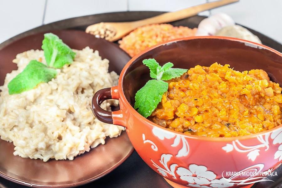 dhal po indyjsku, dhal z soczewicy, zupa dhal, danie indyjskie, zupa z soczewicy, soczewica, zupa z mlekiem kokosowym, zupa z mleczkiem kokosowym, mleko kokosowe, zupa indyjska, kraina miodem płynąca