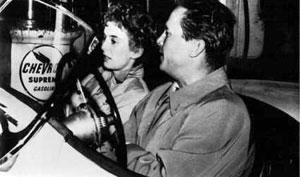 Cloris Leachman y Ralph Meeker en El beso mortal