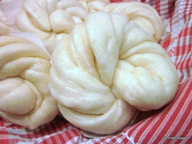 Recipes ... cooking, baking & excerpts on travel: Steamed Mantou ...