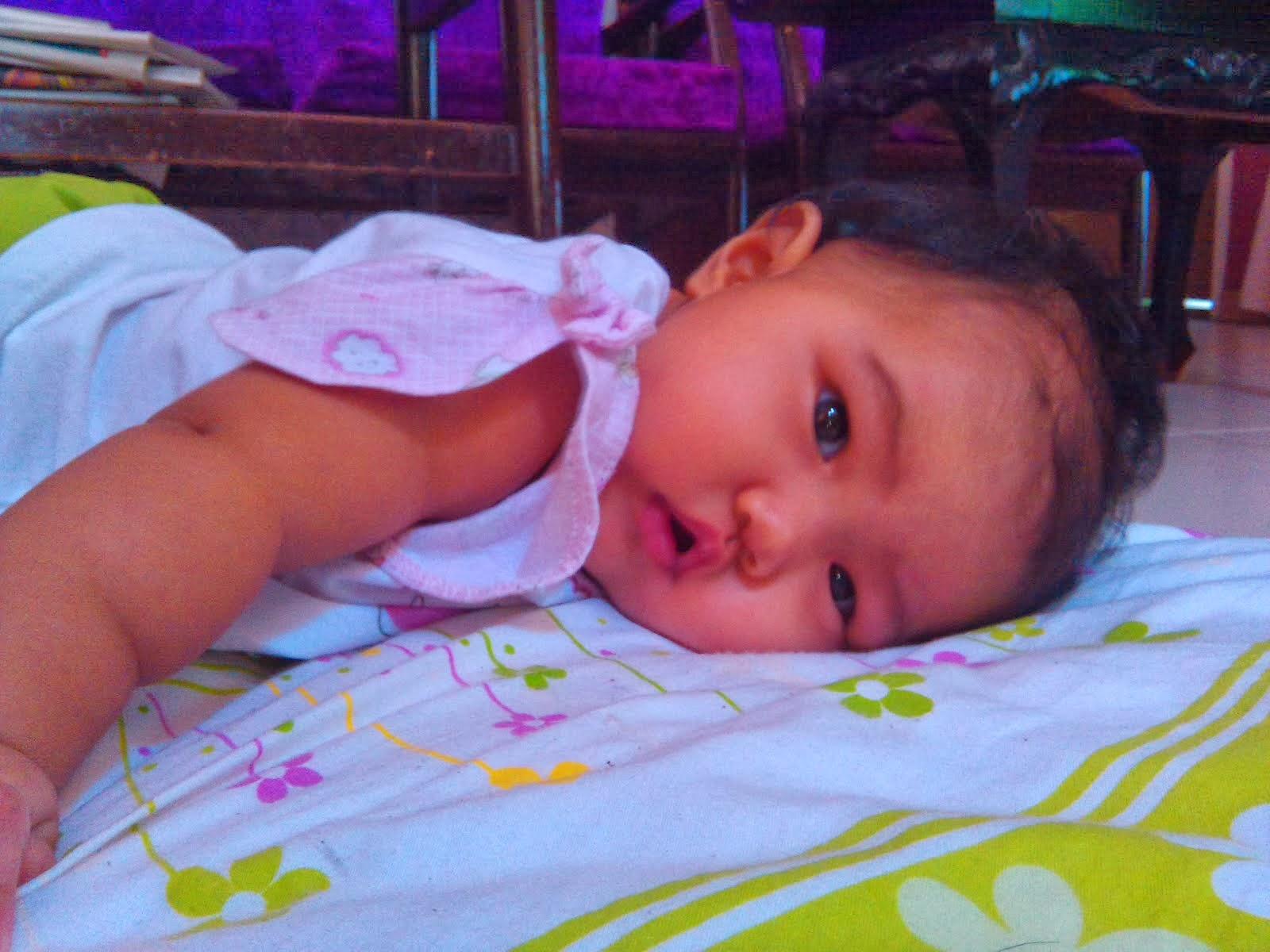Nur Aneesa Hani - 5 bulan