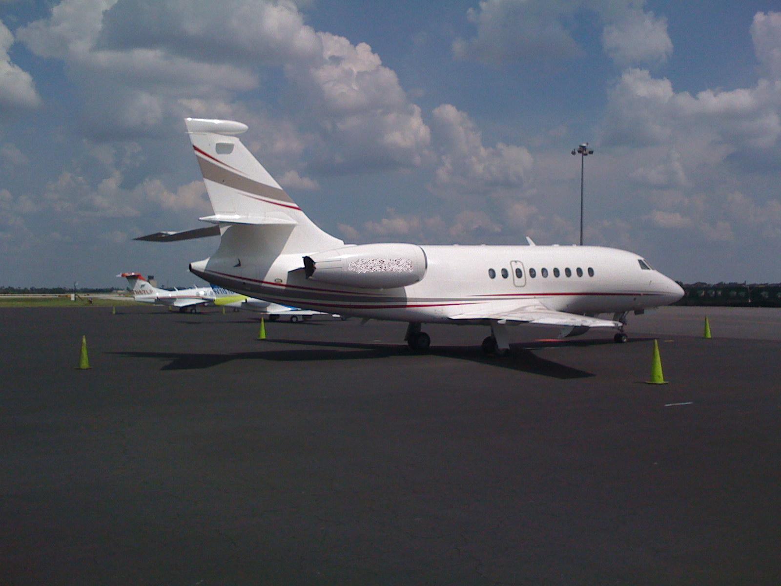 http://3.bp.blogspot.com/--AsQWRvyyIs/TZ7iF5KY1dI/AAAAAAAADxQ/t--YY9BbFKU/s1600/Dassault+Falcon+2000EX+by+jet+planes+%252815%2529.jpg